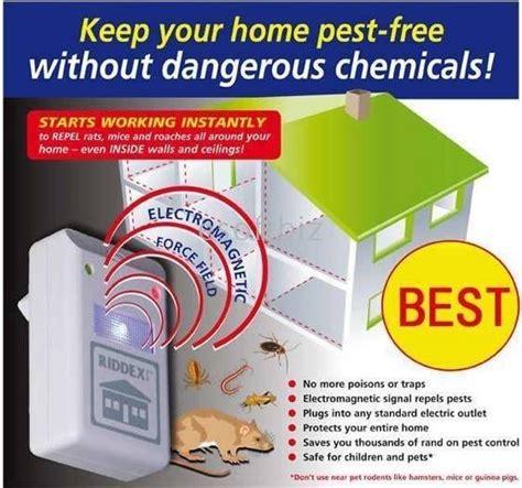 Alat Pengusir Tikus Kecoak Nyamuk Riddex Plus Pest Diskon riddex pest repeller alat pengusir tikus kecoa nyamuk lebih murahh