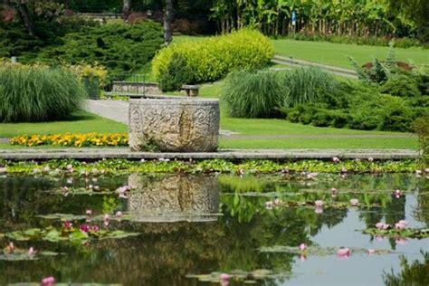 le più d italia il parco giardino sigurt 195 ha la fioritura pi 195 185 d