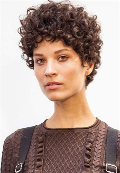 pixie cut roller curls corte natural beleza as and models