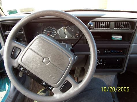 best car repair manuals 1995 plymouth acclaim seat position control jays94acclaim 1994 plymouth acclaim s photo gallery at cardomain