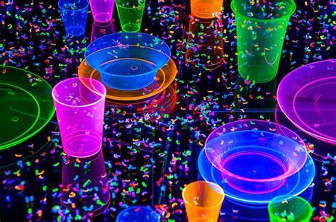 vodka tonic blacklight 153 best blacklight party stuff images on pinterest