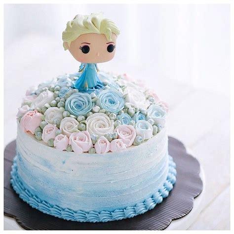 ideas  frozen cake decorations  pinterest frozen cake frozen birthday