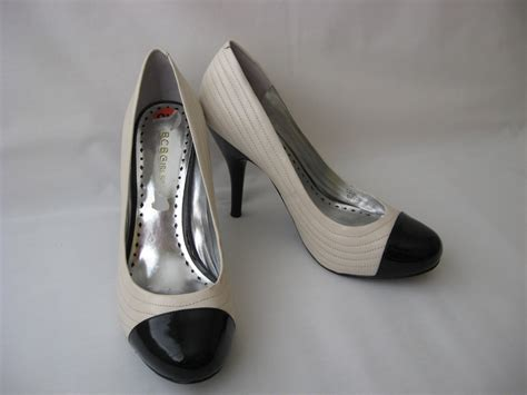 bcbg shoes bcbgirls womens shoes pumps 9 5 leather two tone white