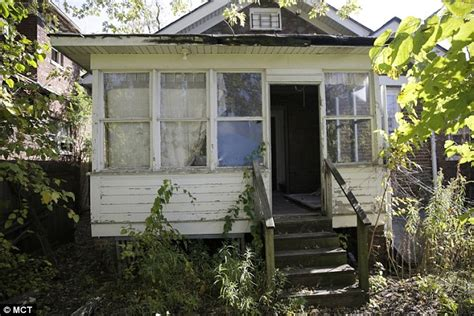 Killers Of The Home by Killer Turns Abandoned Home Into Haunted House Uses Real