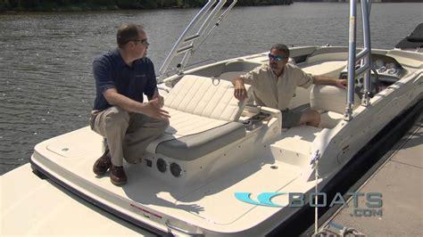 bayliner deck boat reviews bayliner 217 sd deck boat review performance test youtube