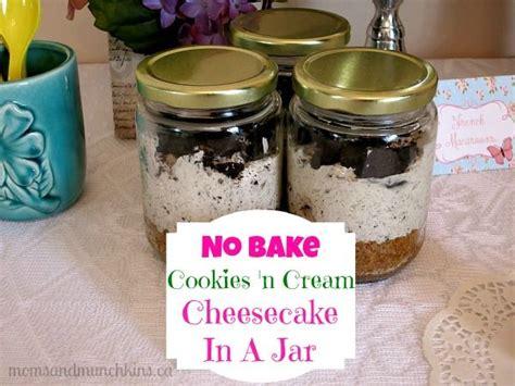 no bake mini cheesecake in a jar cookies n cream