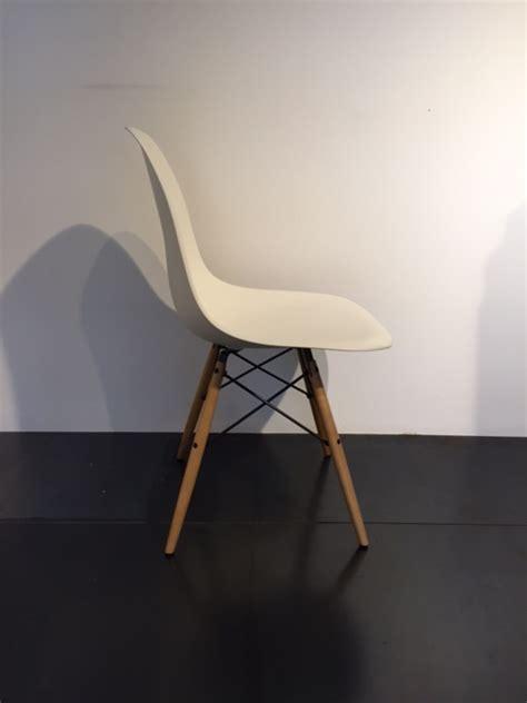 sedie vitra prezzi stunning sedie vitra prezzi contemporary acrylicgiftware
