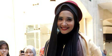 kumpulan tutorial hijab ala zaskia sungkar zaskia sungkar ingin gaya hijab ala zaskia sungkar