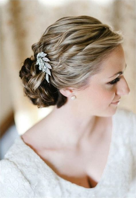 wedding hairstyles that never go out of style weddbook