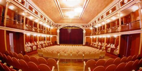 salon cervantes alcala de henares visita guiada gratuita al teatro sal 243 n cervantes de alcal 225
