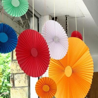 Make Paper Fan Decorations by Paper Fan Decorations Paper Craft