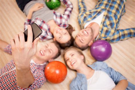 best way to find friends with benefits palaround the platonic tinder is one app to find new friends