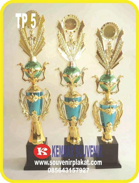 Jual Resin Acrylic Jakarta buat plakat trophy acrylic kuningan timah alumunium