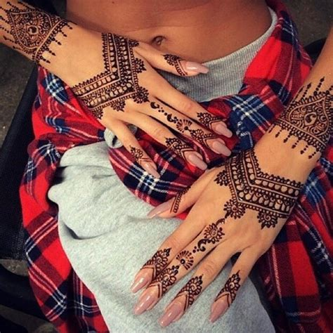 different types of mehndi the bride loves