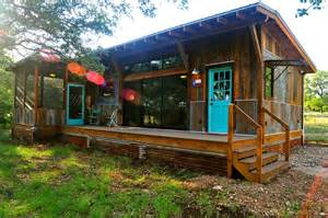Small House Bliss la arboleda retreat cabin reclaimed space small house bliss