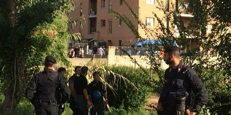 circolare ministero degli interni sgombero in via costi a roma i primi effetti della