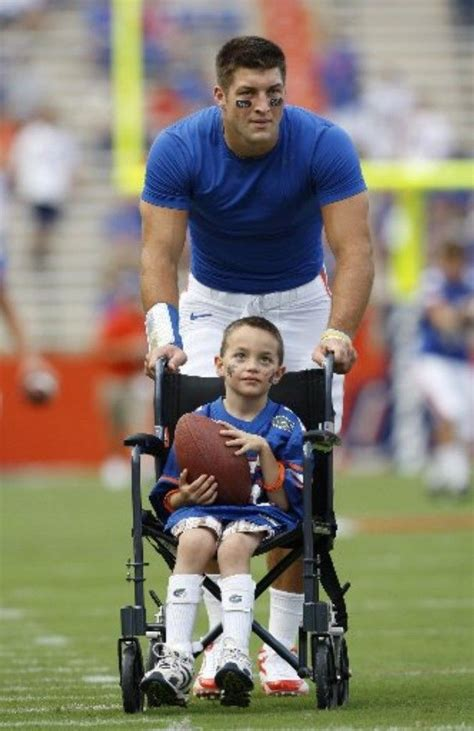 how much does tim tebow bench 78 best ideas about tim tebow on pinterest john 3 16
