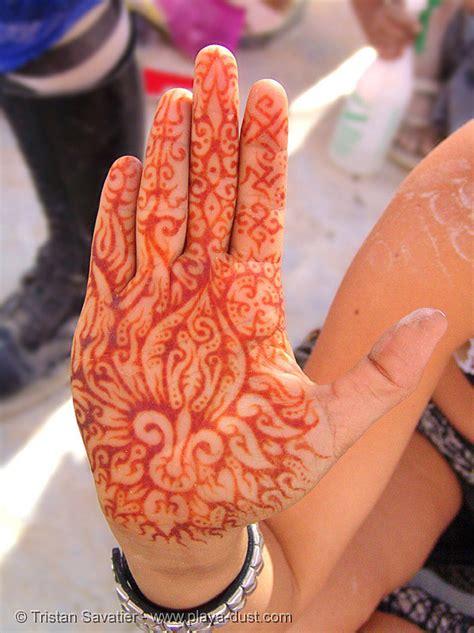 hand palm mehndi