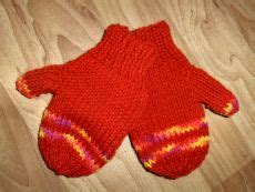 knitting mittens with two needles 2 needle mittens for crafts knit crochet