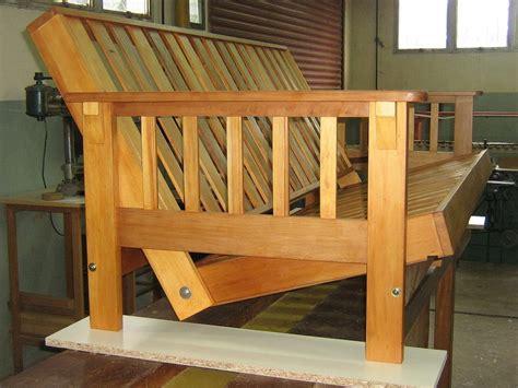 como construir un sofa como construir un futon paso a paso madera