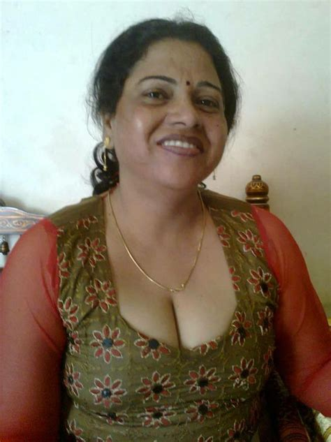 desi mama 116 best indian bhabhi images on pinterest beautiful