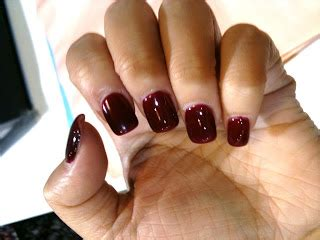 Sweet Dreams For Queen Bees Shellac Nails