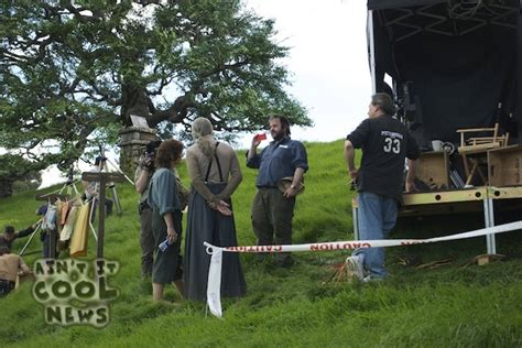 elijah wood movies recent new hobbit set pictures featuring frodo the hobbit movie