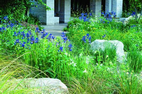 gr ner garten mit pflanzen gestalten callwey