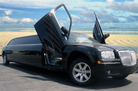 Classic Limousine Service by Choose The Best Limousine Service In Cleveland Like An