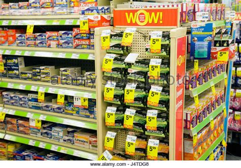 Acetaminophen Shelf by Tylenol Pharmacy Stock Photos Tylenol Pharmacy Stock Images Alamy