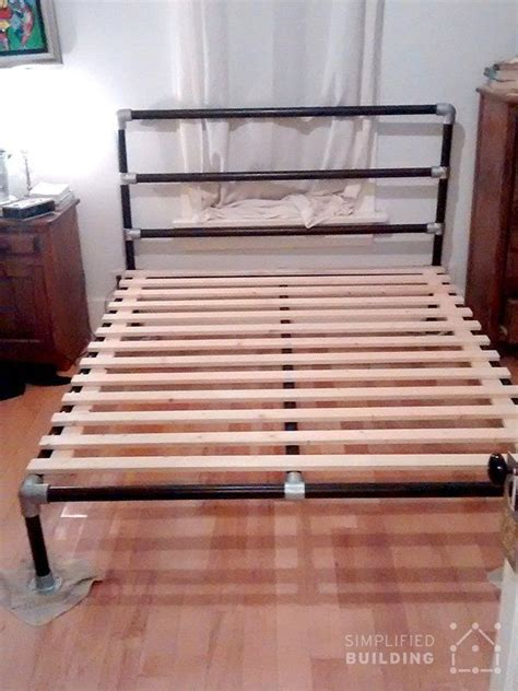 Diy Pipe Bed Frame Best 25 Pipe Bed Ideas On Pinterest