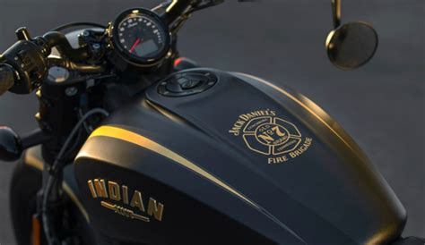 Mobile Motorrad Bobber by Indian Motorcycle 2018 Limited Edition Jack Daniel S Scout