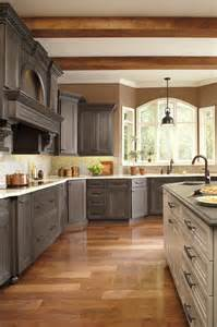 Thomasville Kitchen Cabinets Reviews Thomasville Cabinets Review Bar Cabinet