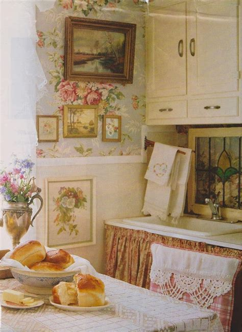 At The Cottage Decorating With - eye for design decorating vintage cottage style interiors