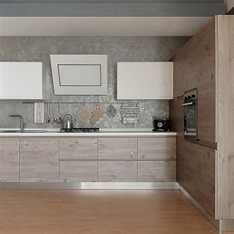 cucine con dispensa ad angolo cucina finitura effetto legno con dispensa ad angolo