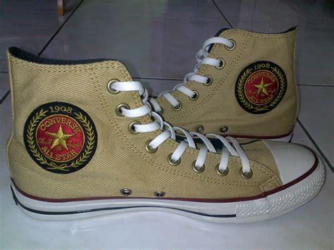 Sepatu Converse Ct As Hi 100 Asli 1 kuro shop cari barang anda disini asal mula