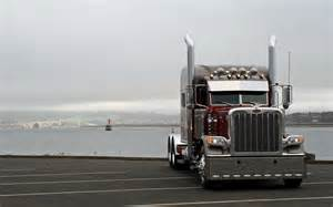man tgx euro 6 besides 2006 peterbilt 379 on c15 caterpillar engine