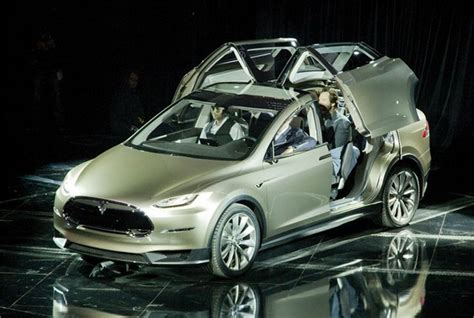 Tesla Model E Price Tesla To Unveil More Affordable Model E In 15 Top News