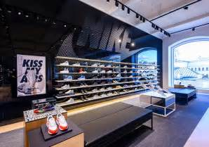 Nike Store New Nike Store Moscow Russia Sneakernews