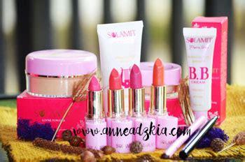 Bedak Sulamit Advertorial Muslimah Cantik Dengan Kosmetik Sulamit Yang