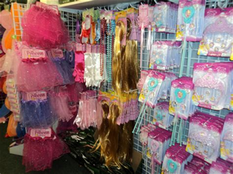 Backyard Princess Party Shop Your Dollar Store For Halloween Costume Accessories