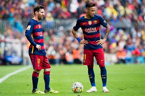 barcelona legend lionel messi still ahead of neymar says barcelona legend