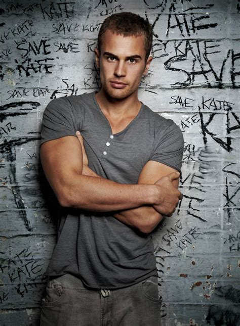 www theo divergent star theo james to star in underworld 5
