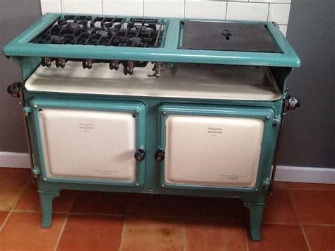 gas kitchen stoves