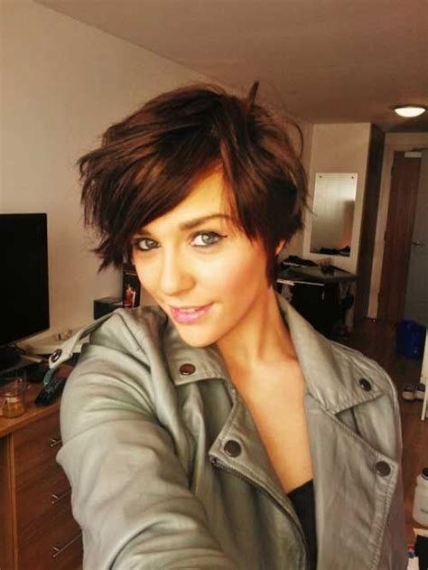 short haircuts for brunette women adorable fashionable short hairstyles for women pretty