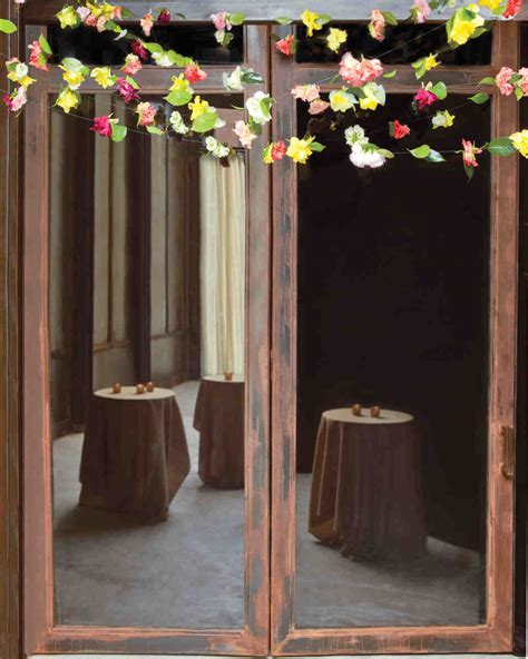 diy wedding garland ideas diy fresh flower garlands martha stewart weddings