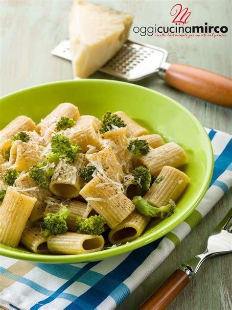 come cucinare i broccoli con la pasta pasta con broccoli e alici oggi cucina mirco