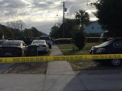 Warrant Search Jacksonville Fl Fbi Serving Search Warrant At Jax Home Www Wokv