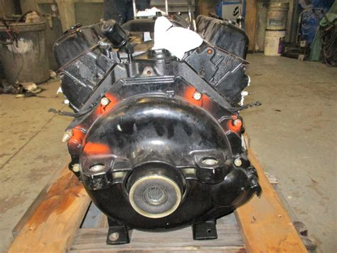 350 chevy boat engine mercruiser 260 hp v8 chevy gm 350 ci engine motor green