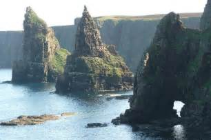 Castle Bed Plans The Stacks Of Duncansby Nearby Picture Of Hawthorns